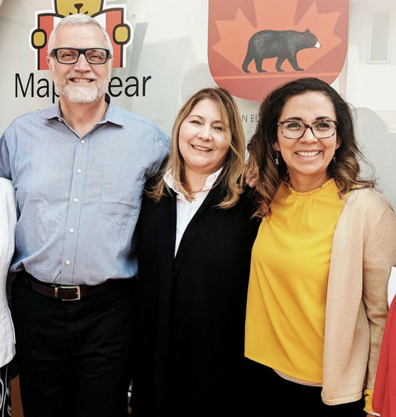 Propietarios de una Escuela Maple Bear